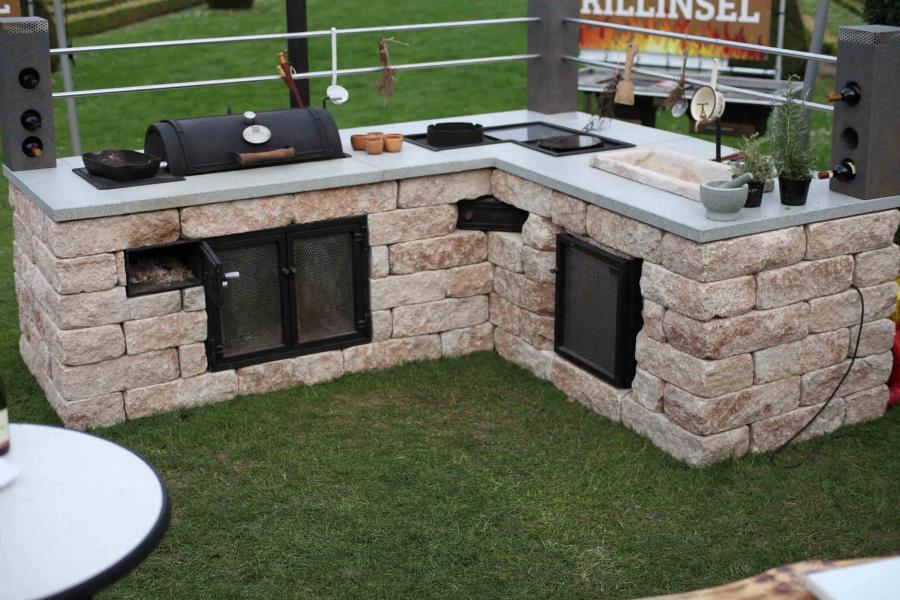 Outdoor Küche Gartenhaus : Outdoor küche gartenhaus outdoor küche im gartenhaus überdachte