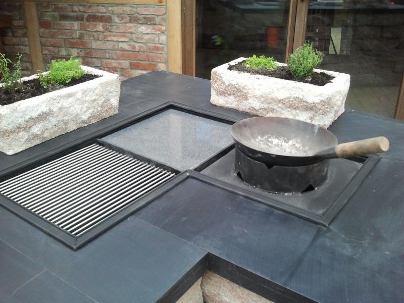 Steinplatte Outdoor Küche : Garten und landschaftsbau kinnemann outdoorküchen und grill